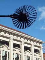 Windspiel am Neuen Markt